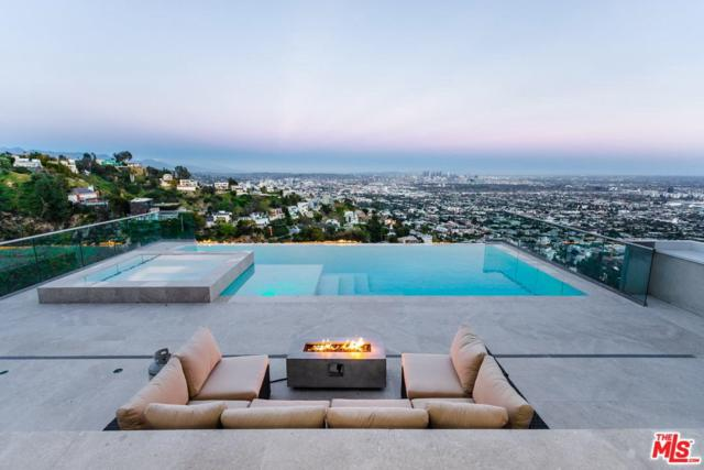 1606 Viewmont Drive, Los Angeles (City), CA 90069 (#19479456) :: Golden Palm Properties