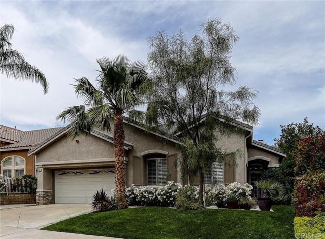 21683 Canyon Heights Circle, Saugus, CA 91390 (#SR19142080) :: Golden Palm Properties