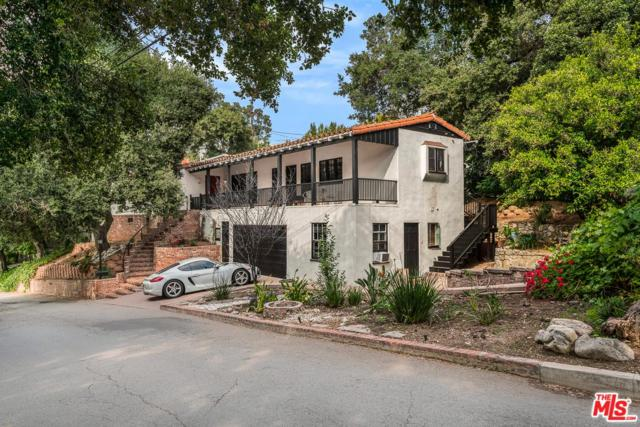 3002 Saint Gregory Road, Glendale, CA 91206 (#19479118) :: Golden Palm Properties