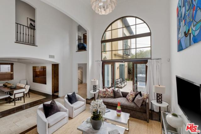 11966 Gorham Avenue, Los Angeles (City), CA 90049 (#19480484) :: Golden Palm Properties