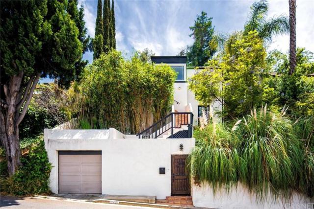 3441 Oak Glen Drive, Hollywood Hills, CA 90068 (#SR19144257) :: The Agency