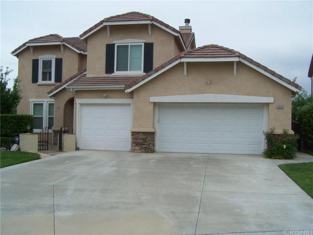 19124 Olympic Crest Drive, Canyon Country, CA 91351 (#SR19147712) :: Paris and Connor MacIvor