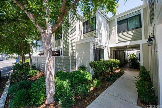 27067 Crossglade Avenue #4, Canyon Country, CA 91351 (#SR19146325) :: Paris and Connor MacIvor