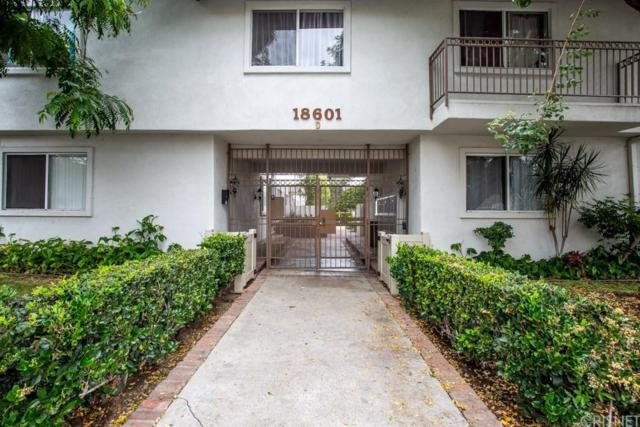 18601 Collins Street D17, Tarzana, CA 91356 (#SR19144338) :: Paris and Connor MacIvor