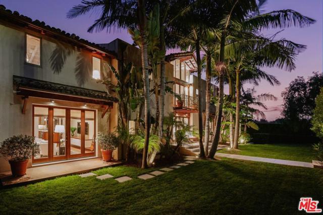 844 Berkeley Street, Santa Monica, CA 90403 (#19481488) :: Golden Palm Properties