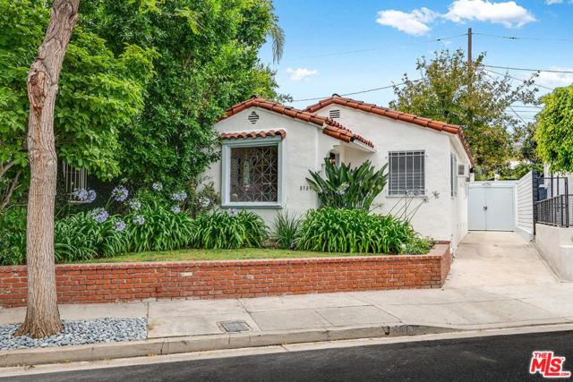 8989 Lloyd Place, West Hollywood, CA 90069 (#19481600) :: Golden Palm Properties