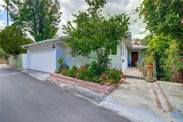 3914 Fredonia Drive, Hollywood Hills, CA 90068 (#SR19149325) :: The Agency