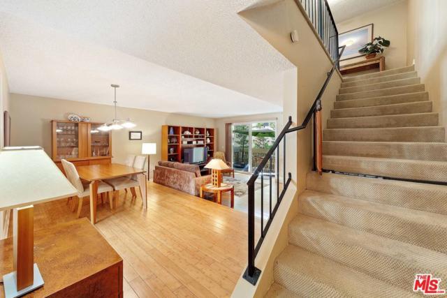 627 Strand Street #3, Santa Monica, CA 90405 (#19480376) :: Golden Palm Properties