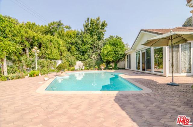 557 N Kenter Avenue, Los Angeles (City), CA 90049 (#19481856) :: Golden Palm Properties
