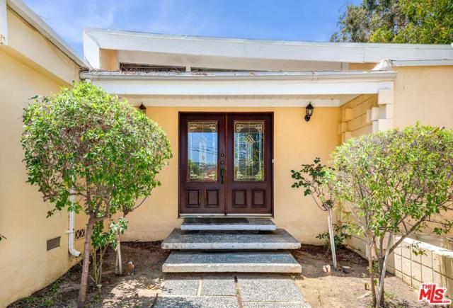 3751 Scadlock Lane, Sherman Oaks, CA 91403 (#19482022) :: Golden Palm Properties