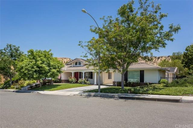 28824 Silkwood Court, Saugus, CA 91390 (#SR19163582) :: Paris and Connor MacIvor