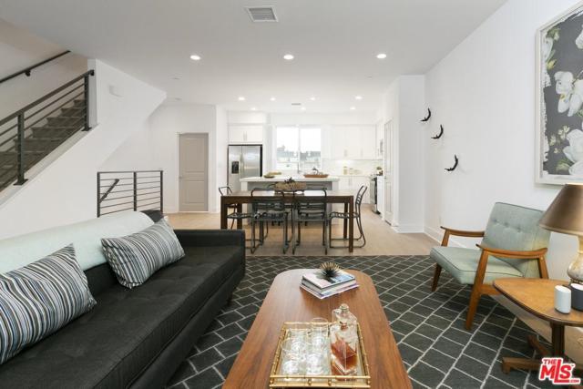 4619 N Riverton Avenue, Los Angeles (City), CA 91602 (#19487796) :: The Parsons Team