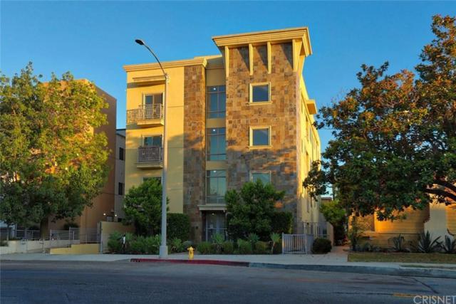 10762 Camarillo Street #3, Toluca Lake, CA 91602 (#SR19165034) :: The Parsons Team