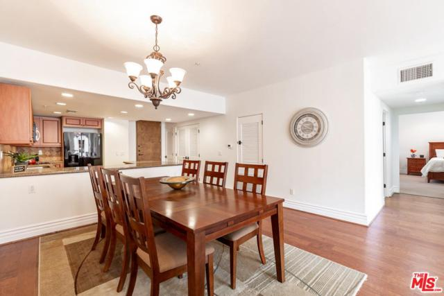 10862 Bloomfield Street #206, North Hollywood, CA 91602 (#19488372) :: The Parsons Team
