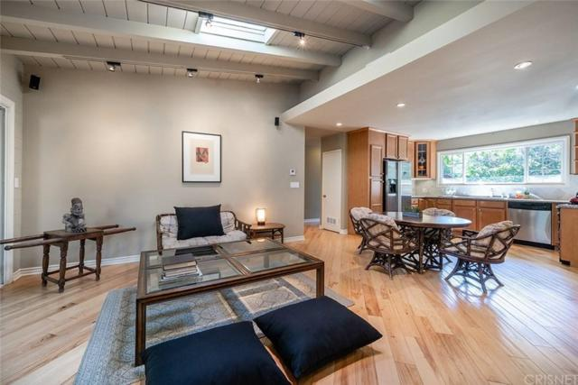 4736 Conejo Avenue, Woodland Hills, CA 91364 (#SR19164431) :: Randy Plaice and Associates