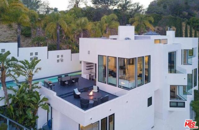 2231 Sunset Plaza Drive, Los Angeles (City), CA 90069 (#19488632) :: TruLine Realty