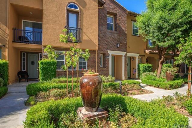 28513 Herrera Street, Valencia, CA 91354 (#SR19167161) :: Randy Plaice and Associates