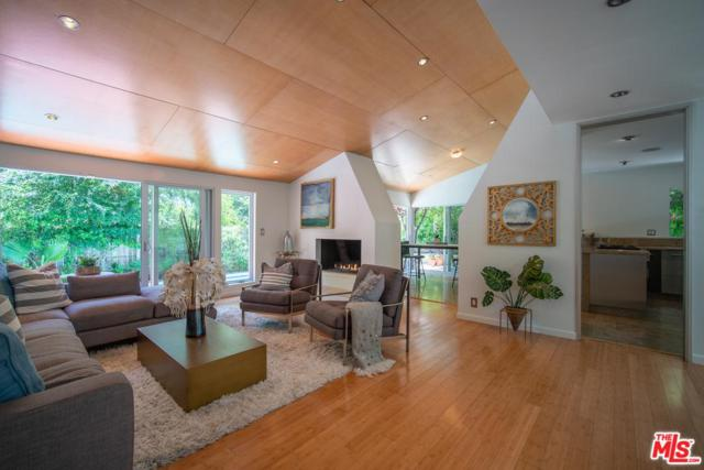 2743 Ellison Drive, Beverly Hills, CA 90210 (#19481070) :: The Agency