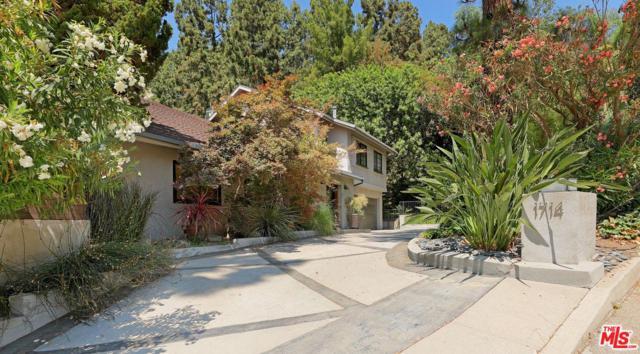 1714 Ferrari Drive, Beverly Hills, CA 90210 (#19489176) :: The Agency
