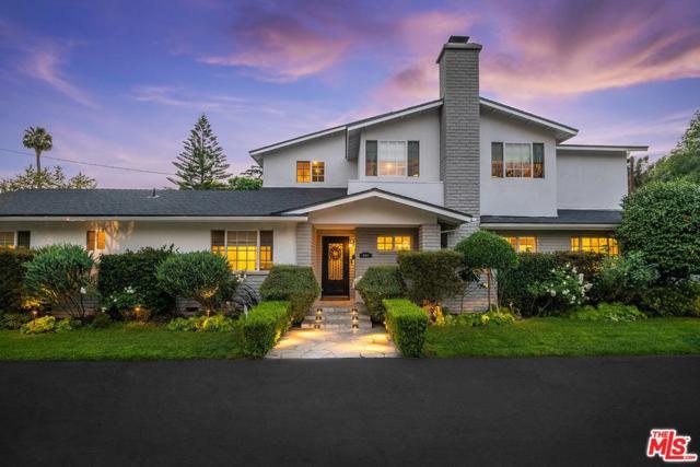 10441 Sarah Street, Toluca Lake, CA 91602 (#19489004) :: Golden Palm Properties