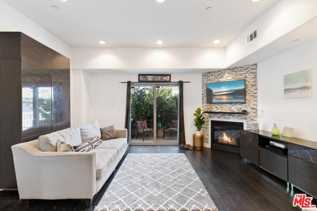 14702 Magnolia #104, Sherman Oaks, CA 91403 (#19489782) :: Paris and Connor MacIvor