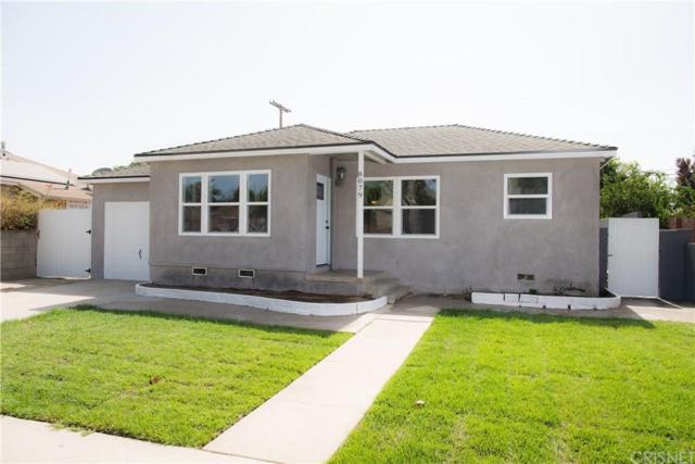8079 Katherine Ave, Panorama City, CA 91402 (#SR19172948) :: The Agency