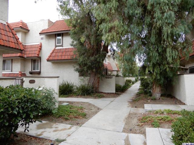 18007 River Circle #5, Canyon Country, CA 91387 (#319002988) :: The Pratt Group