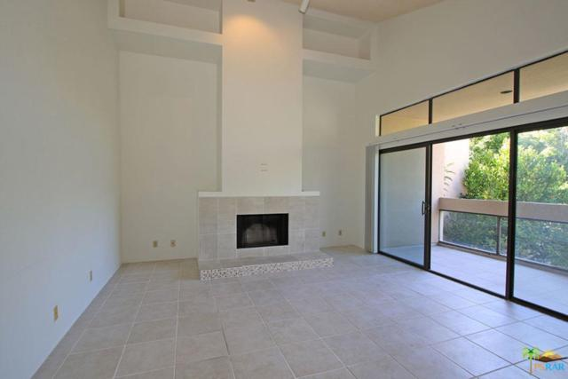 919 Village Square South Square, Palm Springs, CA 92262 (#19496402PS) :: The Pratt Group