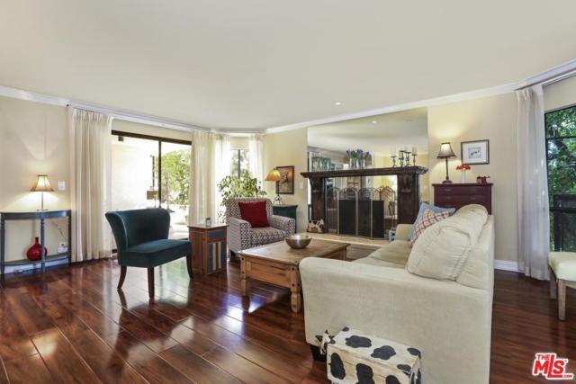 10409 Riverside Drive #104, Toluca Lake, CA 91602 (#19499012) :: Golden Palm Properties
