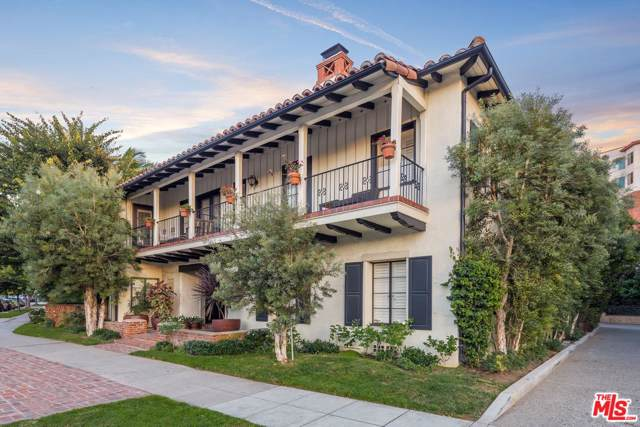10840 Lindbrook Drive #9, Los Angeles (City), CA 90024 (#19509716) :: The Fineman Suarez Team