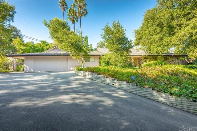 17401 Rancho Street, Encino, CA 91316 (#SR19219718) :: The Agency