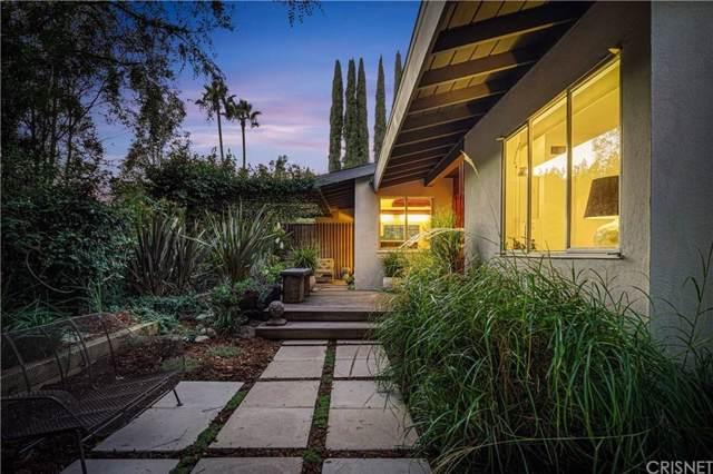 8471 Allenwood Road, Los Angeles (City), CA 90046 (#SR19220886) :: The Parsons Team