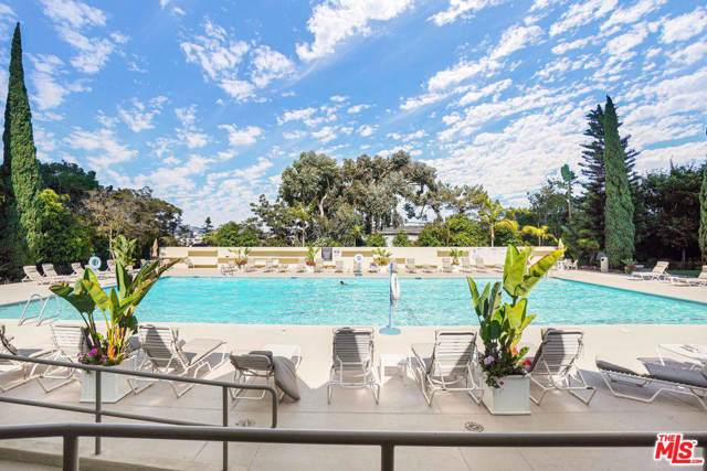 2160 Century Park East #311, Los Angeles (City), CA 90067 (#19512772) :: Golden Palm Properties