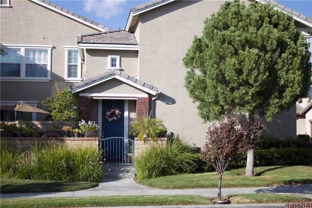 27444 Coldwater Drive, Valencia, CA 91354 (#SR19224546) :: Randy Plaice and Associates
