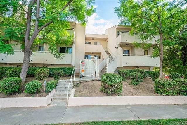 19400 Wyandotte Street #4, Reseda, CA 91335 (#SR19224615) :: Randy Plaice and Associates