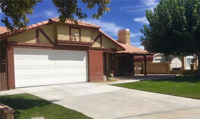 1241 Garnet, Palmdale, CA 93550 (#SR19221155) :: Randy Plaice and Associates