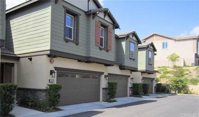 22085 Barrington Way, Saugus, CA 91350 (#SR19224530) :: Golden Palm Properties
