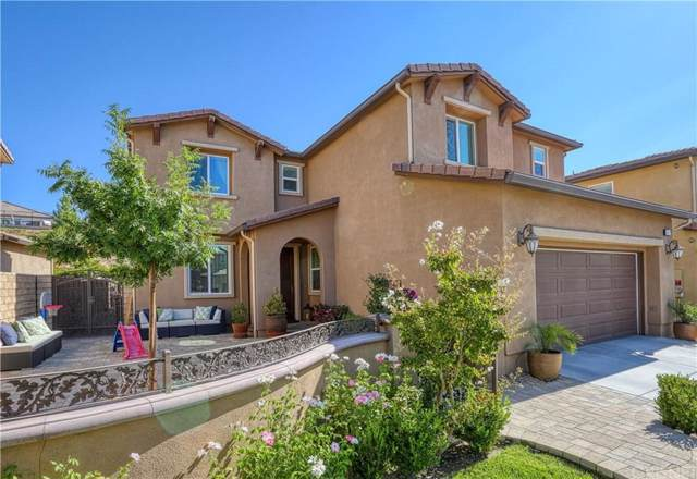 19547 Lanfranca Drive, Saugus, CA 91350 (#SR19224432) :: Golden Palm Properties
