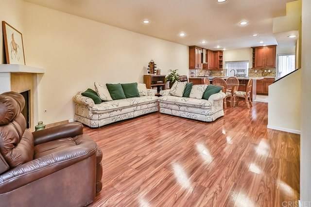 21931 Burbank Boulevard #23, Woodland Hills, CA 91367 (#SR19225488) :: Randy Plaice and Associates