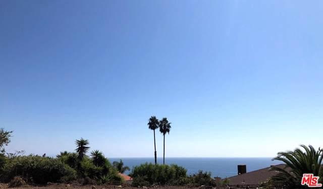 20494 Royal Stone Drive, Malibu, CA 90265 (#19512988) :: Golden Palm Properties
