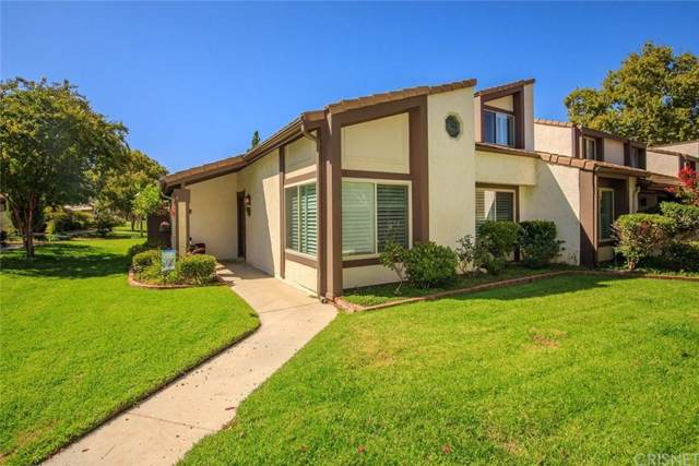 24678 Golfview Drive, Valencia, CA 91355 (#SR19229359) :: Lydia Gable Realty Group