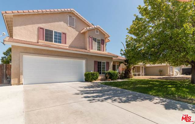 37542 Park Forest Court, Palmdale, CA 93552 (#19514042) :: The Parsons Team