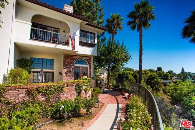 2311 Roscomare Road #14, Los Angeles (City), CA 90077 (#19517450) :: Golden Palm Properties