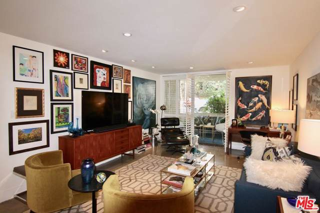 8400 De Longpre Avenue #202, West Hollywood, CA 90069 (#19519446) :: Golden Palm Properties
