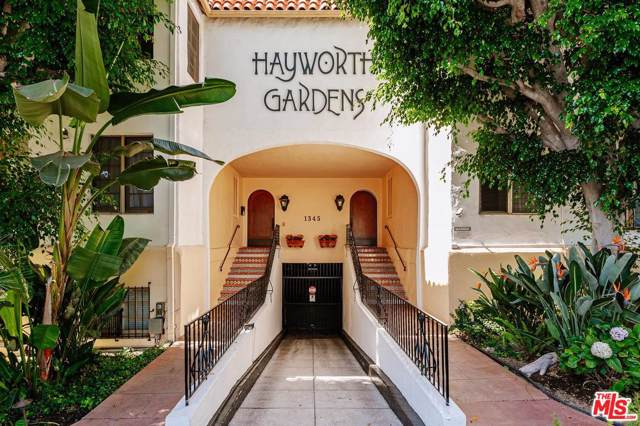 1345 N Hayworth Avenue #208, West Hollywood, CA 90046 (#19519878) :: Golden Palm Properties