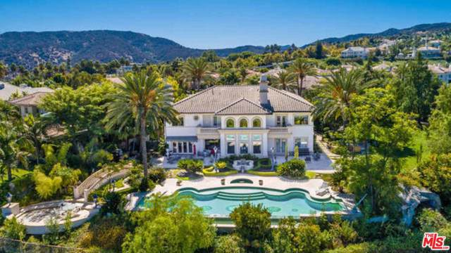 19028 Devonport Lane, Tarzana, CA 91356 (#19519664) :: Golden Palm Properties