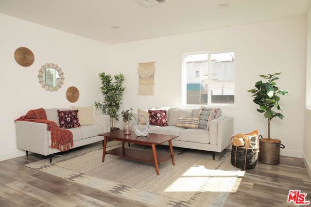 4611 Maplewood Avenue, Los Angeles (City), CA 90004 (#19520228) :: Lydia Gable Realty Group