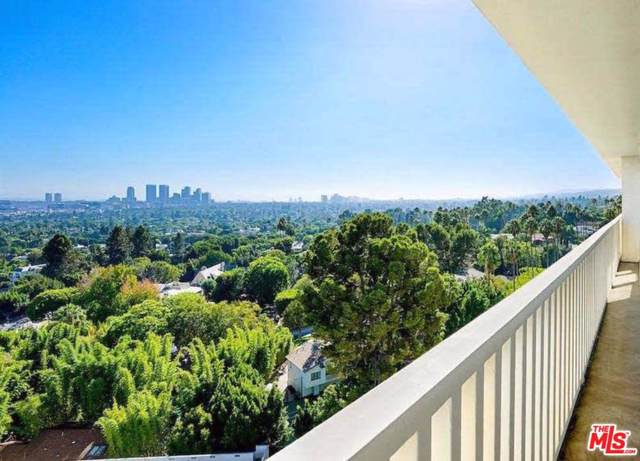 9255 Doheny Road #1004, West Hollywood, CA 90069 (#19520670) :: Golden Palm Properties