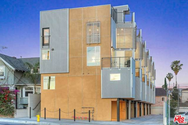 912 N Alvarado Street #1933, Los Angeles (City), CA 90026 (#19520836) :: The Agency