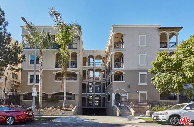 423 Arnaz Drive #303, Los Angeles (City), CA 90048 (#19520950) :: The Agency